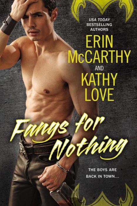 Erin McCarthy Fangs for Nothing  цены
