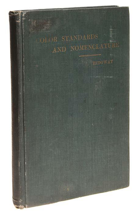 Цветовые стандарты и номенклатураFIAD-1162_оранжевый, желтыйВашингтон, 1912 год. Издание Robert Ridgway. Книга с 53 таблицами с 27 оттенками цвета в каждой. Ручная работа, гуашь. Типографский переплет. Сохранность хорошая. Американский орнитолог и ботаник Роберт Риджвей (1850-1929) сталкивался с практически бесконечным количеством цветов во время своих многочисленных исследовательских поездок по миру природы. С течением времени он также осознал, что точность, нужная для научных описаний цветов, будет возможной только в форме какой-то стандартизации. Он, таким образом, предложил цветовую систему, которую он опубликовал в 1912 году под названием Цветовые стандарты и номенклатура. Система Риджвея исследует возможности аддитивного смешивания цветов. Основа для требуемого систематического порядка цветов - круг, подразделённый на 36 чистых цветов, которые, с точки зрения восприятия, примерно равномерно распределены. В то время как каждый основной цвет теряет свою насыщенность в направлении центра посредством...