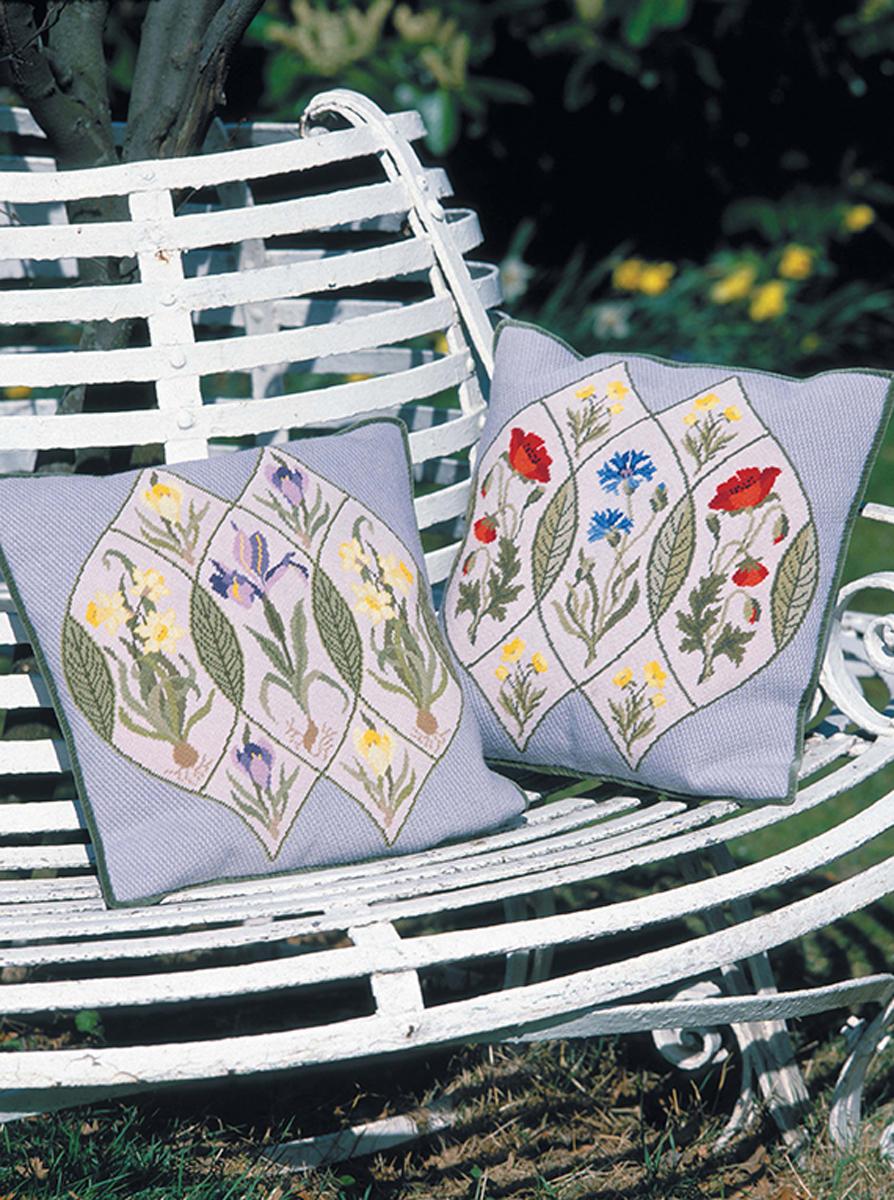 Декоративное вышивание по канве. По мотивам рисунков Уильяма Морриса
