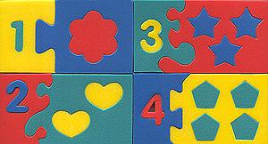 Мозаика мягкая Математический набор45345Мягкая мозаика Математический набор состоит из 10 прямоугольных элементов с цифрами, каждый из которых собирается из нескольких частей по принципу мозаики. Можно поиграть в домино, выучить цифры. Обучение происходит во время игры. Благодаря особой структуре материала и свойству прилипать к мокрой поверхности, является идеальной игрушкой для ванны. Развивает у ребенка память, воображение, моторику, пространственное и логическое мышление. Характеристики: Размер одного прямоугольного элемента: 10,5 см x 6 см x 0,8 см. УВАЖАЕМЫЕ КЛИЕНТЫ! Обращаем ваше внимание на возможные изменения в дизайне, связанные с ассортиментом продукции: цвет изделия или отдельных деталей может отличаться от представленного на изображении. Поставка осуществляется в зависимости от наличия на складе.