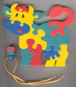 Коровка. Мягкая мозаика45373Собрать из деталей цельный рисунок может получиться не сразу. Но чем больше ребенок вовлекается в процесс создания маленького шедевра, тем интереснее и увлекательнее становится игра. УВАЖАЕМЫЕ КЛИЕНТЫ! Обращаем ваше внимание на возможные изменения в дизайне, связанные с ассортиментом продукции: цвет изделия или отдельных деталей может отличаться от представленного на изображении. Поставка осуществляется в зависимости от наличия на складе.
