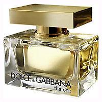 Dolce & Gabbana Парфюмированная вода The One, 30 мл0737052020815Соблазнительные фруктовые и цветочные нотки аромата Dolce & Gabbana The One сливаются друг с другом, создавая удивительно чувственную и сексуальную композицию, на фоне которой раскрываются пряно-древесные аккорды. Яркий и солнечный, The One мгновенно выделяет свою обладательницу из толпы и заставляет оборачиваться ей вслед очарованных мужчин. Флакон выполнен в стиле современной роскоши. Золотистая упаковка, монолитная, подобная слитку золота, крышка венчает тяжелый флакон с ароматом в мягких изгибах стекла. Классификация аромата: цветочный, восточный. Пирамида аромата: верхние ноты - мандарин, личи, персик; ноты сердца - жасмин, белая лилия, ландыш; ноты шлейфа - слива, ваниль, амбра. Товар сертифицирован.