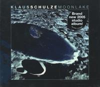 Издание содержит буклет с фотографиями и дополнительной информацией на английском и немецком языках.