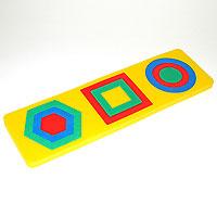 Геометрические фигуры. Мягкая мозаика45357Мозаика Геометрические фигуры своей яркостью и оригинальностью сразу же обращает на себя внимание, и ее будет приятно получить в подарок каждому малышу. Мозаика состоит из нескольких разноцветных деталей, больших и маленьких, способных соединяться между собой. Мозаика выполнена из экологически чистого мягкого полимерного материала, обладающего теплоизоляционными свойствами. Эта мозаика настолько универсальна и практична, что с ней можно играть практически везде. Кроме того, благодаря особой структуре материала и свойству прилипать к мокрой поверхности, она является идеальной игрушкой для ванны и сделает процесс купания приятной забавой для ребенка. Преимущество предлагаемой мозаики перед другими игрушками заключается в том, что она способствует развитию у ребенка мелкой моторики, образного и логического мышления, наблюдательности. Все элементы выполнены из современного, легкого, эластичного материала, который обеспечивает большую долговечность и является абсолютно...