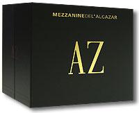 Подарочное издание представляет собой бокс черного цвета (размер 17,5 х 20,5 х 14,5 см) с золотистыми буквами. Диски упакованы в DigiPack и вложены в картонные коробки, которые вставляются в бокс. Издание содержит 5 небольших буклетов с дополнительной информацией на английском и французском языках.