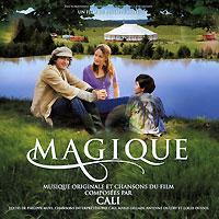 Издание содержит буклет с фотографиями и текстами некоторых песен на французском языке.