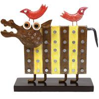 Декоративное украшение для интерьера Бегемот15891Декоративное украшение для интерьера Бегемот, выполненное из металла и дерева, позволит Вам украсить интерьер помещения оригинальным образом. Украшение представляет собой забавного бегемота на подставке. На деревянной основе украшения предусмотрены специальные крючки для подвешивания. С таким украшением Вы сможете не просто внести в интерьер своего дома элемент необычности, но и создать атмосферу загадочности и изысканности.