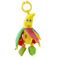 Развивающая игрушка Банан3801001Пластмассовое кольцо погремушки позволяет легко и быстро прикрепить ее к дугам развивающего коврика или к дуге, установленной на кроватке малыша, на автокресло или прогулочную коляску. Ребенок рассматривает яркий банан, висящий над ним, трогает его и получает первое представление о цвете, форме, материале. Ножки банана гремят, на каждой по два колечка, разные на ощупь. В стопах банана - два безопасных зеркальца. Ладошки сделаны в виде прорезывателей для зубов из твердой рифленой резины, а ручки растягиваются, если их потянуть. Кожура банана выполнена из текстиля, внутри - шуршащий материал. Игрушка развивает тактильные ощущения у малышей. Компания Tiny Love более 30 лет специализируется на создании уникальных развивающих игрушек для первых лет жизни ребенка. Лозунг Tiny Love - стремление к совершенству. В течение многих лет компания изучала стадии развития ребенка и привносила знания в занимательные интерактивные игрушки, способные развивать навыки. Tiny...