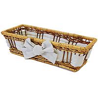 Корзинка для хлеба Dine прямоугольная, 29 х 13 см1900513Прямоугольная корзинка Dine для хлеба изготовлена из лозы. Она не требует особенного ухода: нужно всего-навсего регулярно смахивать пыль мягкой щеткой и раз в год предотвращать появление трещин, путем смачивания плетения водой с помощью губки. Для того, чтобы крошки не просыпались, на дно и боковые стенки корзинки прикреплена хлопчатобумажная ткань. Корзинка очень практична и легка. В холодный зимний день приятная цветовая гамма корзинки в сочетании с оригинальным дизайном навевают воспоминания о лете, тем самым способствуя улучшению настроения и полноценному отдыху. Характеристики: Материал: лоза, хлопок. Размеры корзинки: 29 см х 13 см. Высота корзинки: 7,5 см. Производитель: Великобритания. Артикул: 1900513.