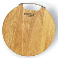 Доска разделочная Vitesse TessVS-1345Круглая разделочная доска Tess, выполненная из высококачественного дерева, станет незаменимым атрибутом приготовления пищи. Доска идеально подходит для разделки мяса, рыбы, приготовления теста и нарезки любых продуктов, а особый дизайн ее поверхности предотвращает скольжение ножа. Удобная ручка из нержавеющей стали облегчит эксплуатацию и хранение доски. Современный стильный дизайн и функциональность позволят доске занять достойное место на Вашей кухне.