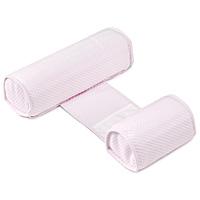 Позиционер Bebecal, цвет: розовый50334Позиционер Bebecal розового цвета, состоящий из двух валиков, соединенных между собой полоской, был специально создан для того, чтобы ваш ребенок не смог перевернуться на живот во время сна. Медики рекомендуют укладывать здорового ребенка спать на спину. Bebecal возможно использовать в колыбели, съемной люльке с твердым дном, в детской кроватке, во взрослой кровати или брать с собой в поездки. Позиционер также идеально подойдет для того, чтобы положить ребенка набок после кормления. Форма и наполнитель позиционера гарантируют хорошую циркуляцию воздуха. Ребенок может дышать свободно даже при непосредственном контакте с позиционером. Позиционер Bebecal раздвигается в ширину и предназначен для детей от 0 до 6 месяцев, чехол из хлопка можно стирать и сушить в машинке.