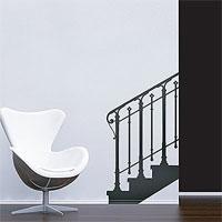 Стикер Paristic Лестница, ведущая наверх вправо, 66 х 120 смПР00201Добавьте оригинальность вашему интерьеру с помощью необычного стикера Основание лестницы. Изображение на стикере имитирует силуэт лестничного марша с перилами. Необыкновенный всплеск эмоций в дизайнерском решении создаст утонченную и изысканную атмосферу не только спальни, гостиной или детской комнаты, но и даже офиса. Стикер выполнен из матового винила - тонкого эластичного материала, который хорошо прилегает к любым гладким и чистым поверхностям, легко моется и держится до семи лет, не оставляя следов. В комплекте прилагается ракель, с помощью которого вы без труда наклеите стикер на выбранную поверхность. Сегодня виниловые наклейки пользуются большой популярностью среди декораторов по всему миру, а на российском рынке товаров для декорирования интерьеров - являются новинкой. Paristic - это стикеры высокого качества. Художественно выполненные стикеры, создающие эффект обмана зрения, дают необычную возможность использовать в своем интерьере...