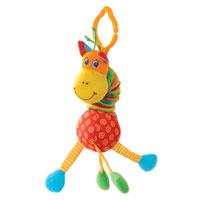 Развивающая игрушка Жираф1105700046Развивающая игрушка Жираф выполнена в виде симпатичного разноцветного жирафика. Она легко крепиться к кроватке при помощи пластиковой прищепки. Если потянуть жирафа вниз и отпустить, он начнет вибрировать и звенеть. В теле жирафа находиться погремушка, а его лапки шуршат, если их потрогать. Жираф развивает слух, воображение, цветовое восприятие, тактильные ощущения и координацию движений.