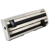 Контейнер кухонный Pro line25660Кухонный контейнер Pro line предназначен для хранения рулонов c бумажным полотенцем, фольгой и полиэтиленовой пленкой. Контейнер удобно крепится на стене, рулоны закладываются спереди и разрезаются с помощью режущих планок. Изготовлен из нержавеющей стали и высококачественного пластика.