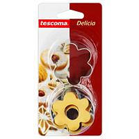 Пресс-форма Tescoma для печенья с начинкой, диаметр 5 см. 631250631250Пресс-форма Tescoma для печенья с начинкой выполнена из металла. С помощью пресс-формы вырежьте из теста форму, перенесите на лист и нажатием пружины выдавите тесто. Характеристики: Материал: пластик, металл. Диаметр формы: 5 см. Производитель: Чехия. Артикул: 631250.