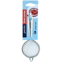 Сито Tescoma, диаметр 6 см. 420611420611Сито Tescoma выполнено из высококачественной нержавеющей стали. Удобная ручка не позволит выскользнуть изделию из Вашей руки. Сито имеет специальное ушко, за которое его можно повесить в любом месте. Такое сито поможет Вам процедить или просеять продукты. Характеристики: Материал: пластик. Диаметр: 6 см. Длина ручки: 10 см. Производитель: Чехия. Артикул: 420611.