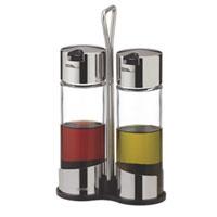 Набор Tescoma для масла и уксуса. 650352650352Набор Tescoma для масла и уксуса благодаря своим небольшим размерам не займет много места на Вашей кухне. Емкости компактно умещаются на подставке и надежно удерживаются на ней, благодаря углублениям. К подставке прикреплена стальная ручка. Емкости изготовлены из стекла, нержавеющей стали и прочной пластмассы. Очень удобно, когда во время приготовления пищи набор Tescoma находится под рукой.