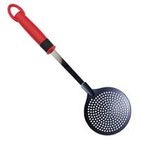 Шумовка GP & me4020-GPШумовка GP & me выполнена из высококачественной нержавеющей стали и из пищевого нейлона (выдерживает температуру до 210°C). На ручке есть небольшая петля, с помощью которой вы можете повесить шумовку у себя на кухне. Удобная, большая ложка поможет вам без особого труда снять пену, вынуть из кастрюли мясо или рыбу.