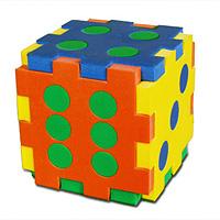 Бомик Мягкий конструктор Кубик-домино501Мягкий конструктор Кубик-домино привлечет внимание малыша и не позволит ему скучать. Элементы конструктора выполнены из мягкого, эластичного, прочного материала, который обеспечивает большую долговечность и является абсолютно безопасным для детей. Учиться играя намного проще и интереснее, с ярким разноцветным кубиком ваш малыш без труда выучит основные цвета и научиться считать до шести. Мягкий конструктор разовьет у ребенка память, воображение, моторику, пространственное и логическое мышление. Порадуйте его таким замечательным подарком!