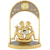 Сувенир с часами Знак зодиака: Близнецы, цвет: золотой67326Сувенир с часами Знак зодиака: Близнецы, золотого цвета, станет необычным аксессуаром для Вашего интерьера и создаст незабываемую атмосферу. Кристаллы, украшающие сувенир, носят громкое имя Swarovski. Ограненные, как бриллианты, кристаллы блистают сотнями тысяч различных оттенков. Эта очаровательная вещь послужит отличным подарком близкому человеку, родственнику или другу, а также подарит приятные мгновения и окунет Вас в лучшие воспоминания.