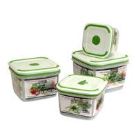 Набор квадратных контейнеров Oriental way Simple control 4 шт GL9002-ВGL9002-BКонтейнеры серии Simple control обеспечивают абсолютную герметичность и водонепроницаемость, не пропускают влагу и запах, долго сохраняют свежесть продуктов. В набор входят четыре контейнера емкостью 1,7, 1,1, 0,65 и 0,36 литров. Крышки контейнеров легко открываются и плотно закрываются, содержат антискользящие вставки для устойчивого вертикального хранения. Контейнеры устойчивы к воздействию масел и жиров, легко моются (можно мыть в посудомоечной машине). Прозрачные стенки позволяют видеть содержимое. На крышке содержится специальный клапан для выпуска пара. Контейнеры подходят для использования в микроволновых печах и имеют возможность хранения продуктов в холодильнике и морозильной камере. Характеристики: Материал: полипропилен. Объемы и размеры контейнеров: 1,7 л (основание 13 см х 13 см, высота 11 см), 1,1 л (основание 11 см х 11 см, высота 9,5 см), 0,65 л (основание 9,5 см х 9,5 см, высота 8 см), 0,36 л (основание 8 см х 8 см, высота 7 см). Комплектация: 4...