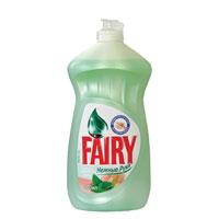 Средство для мытья посуды Fairy Нежные руки с чайным деревом и мятой, 500 млFR-80246874Густой насыщенный бальзам Fairy эффективно растворяет жир даже в холодной воде. Густая пена позволяет вымыть большее количество посуды, что делает Fairy очень экономичным. Чайное дерево и мята нежно питают и защищают руки от воздействия воды. Товар сертифицирован. Уважаемые клиенты! Обращаем ваше внимание на возможные изменения в дизайне упаковки.