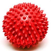 Мяч массажный Larsen, цвет: красный, 7 см. SM-1233076Игольчатая поверхность благотворно воздействует на нервные окончания и способствует улучшению кровообращения. Идеален для массажа и самомассажа детей и взрослых, для профилактики целлюлита. Подходит для занятий фитнесом и йогой.