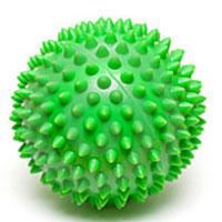Мяч массажный Larsen, цвет: зеленый, 7 см. SM-3233078Игольчатая поверхность благотворно воздействует на нервные окончания и способствует улучшению кровообращения. Идеален для массажа и самомассажа детей и взрослых, для профилактики целлюлита. Подходит для занятий фитнесом и йогой. Характеристики: Диаметр мяча: 7 см. Цвет: зеленый. Материал: силикон. Производитель: Китай. Артикул: SM-3. Мяч поставляется в сдутом виде и надувается при помощи насоса (насос в комплект не входит).