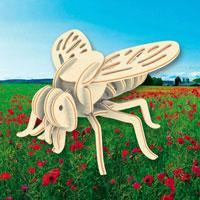 Сборная деревянная модель ОсаЕ-003Сборная деревянная модель Оса позволит Вам и Вашему ребенку собрать объемную деревянную скульптуру в виде осы. Модель для сборки развивает мелкую моторику, ителлектуальные способности, воображение и конструктивное мышление, тренирует терпение и усидчивость.