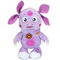 Мягкая говорящая игрушка Лунтик, 60 смV85479/60AS19Мягкая говорящая игрушка Лунтик станет вашему малышу хорошим другом и порадует его разными фразами из любимого мультфильма. Мультфильмы - важная составляющая детства. Среди игрушек серии Мульти-пульти ваш малыш сможет найти любимых героев из добрых мультфильмов, играя с которыми ребенок сможет развить смекалку, остроумие и фантазию. Игрушки серии Мульти-пульти оснащены уникальными электронно-звуковыми устройствами, поэтому малыш всегда сможет прослушать любимые фразы и песенки из уст самих мультгероев.