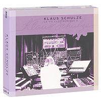 Издание содержит 16-страничный буклет с фотографиями и дополнительной информацией на английском и немецком языках.