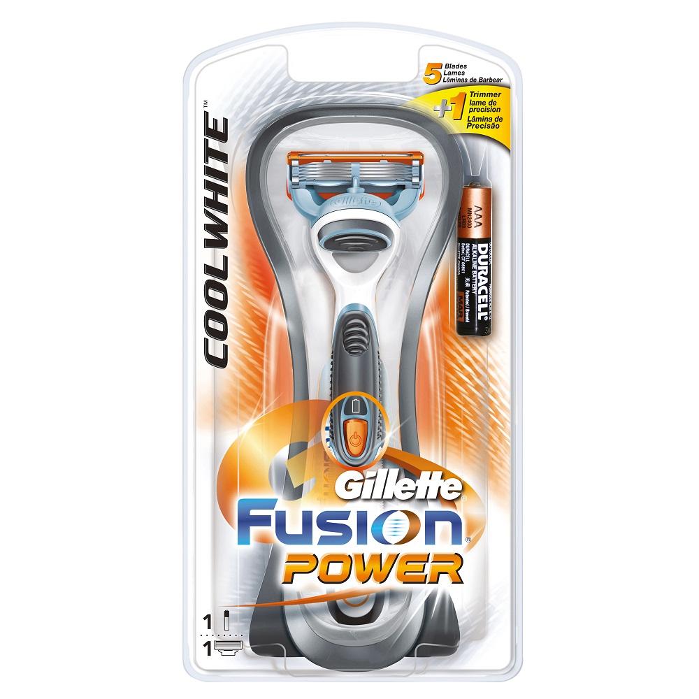 Gillette Бритва FusionPower CoolWhite, 1 сменная кассетаGIL-75072056Gillette - лучше для мужчины нет! Комфорт пяти лезвий + точность одного лезвия-триммера. Бритва для чувствительной кожи. Технология 5-лезвийной бреющей поверхности: 5 лезвий PowerGlide, расположенных ближе друг к другу, позволяют снизить давление на кожу для уменьшения раздражения и большего комфорта чем у Mach3. 15 специальных микро гребней Fusion помогают разглаживать неровную поверхность кожи, позволяя 5 лезвиям скользить максимально гладко. Увлажняющая полоска теряет цвет, сигнализируя о необходимости сменить лезвие. - Технология из 5 лезвий обеспечивает меньшее давление на кожу по сравнению с бритвами Mach 3. - Улучшенная увлажняющая полоска обеспечивает еще более плавное скольжение картриджа по поверхности кожи по сравнению с бритвами Mach 3. - Лезвие-триммер оптимизирует бритье на сложных участках, таких как виски, область под носом и шея. - Разработана специально для чувствительной кожи. Бритвенный станок работает...