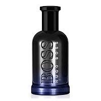 Hugo Boss Туалетная вода Bottled Night, 100 мл0737052352060Hugo Boss Bottled Night - всемирный успех на мировом рынке мужских ароматов. Аромат остается бестселлером более 10 лет, иконой, вдохновляющей мужчин на уверенность и успех. Мужчина Hugo Boss Bottled Night, энергичный и амбициозный, создан для успеха и удачи. Bottled Night - секретное оружие в арсенале соблазнения мужчины, призванное притягивать и удерживать успех. Аромат звучит решительными верхними нотами в сочетании с глубокой древесной базой. Лицо аромата - актер Райан Рейндолс, чей природный стиль, харизма и уверенность в себе выражают современность и утонченность бренда. Bottled Night - смелый, энергичный аромат, раздвигающий границы в мире истинно мужественных ароматов в наши дни. Классификация аромата: древесный. Пирамида аромата: Верхние ноты: лаванда. Ноты сердца: березовые листья, фиалка. Ноты шлейфа: дерево. Ключевые слова: Энергичный, соблазнительный, стильный! ...