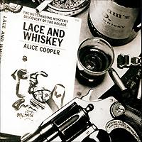 Издание содержит буклет с текстами песен на английском языке.
