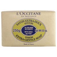 Мыло LOccitane Вербена, 250 г000250Туалетное мыло LOccitane «Вербена» великолепно подходит для ежедневного использования. 100% натуральная основа, обогащено маслом карите. Подходит для всей семьи.