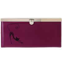 Портмоне женское Befler, цвет: фиолетовый. PJ.37.-1PJ.37.-1.violetЖенское портмоне Befler выполненное из натуральной кожи фиолетового цвета, украшено декоративным рисунком изящная кошка, закрывается на металлический замок с защелкой. Внутри имеет четыре отделения для купюр, накладной карман для кредитных карт и карман для мелочи на застежке-молнии. Такое портмоне станет отличным подарком для человека, ценящего качественные и необычные вещи. Характеристики: Цвет: фиолетовый. Размер: 19 см x 9,5 см x 2,5 см. Материал: натуральная кожа, текстиль, металл. Производитель: Россия. Артикул: PJ.37.-1. Befler является дочерним брендом крупнейшего производителя кожгалантереи - компании Askent , существующей с 1993 года. Сохраняя лучшие традиции и высокую культуру производства компании, изделия под маркой Befler соответствует самым высоким мировым стандартам. Вся продукция проходит многоступенчатый контроль качества на каждой стадии производства, что позволяет приблизить процент брака к нулю.