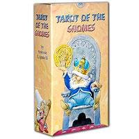 Карты Таро Аввалон-Ло скарабео Таро Гномов, инструкция на русском языке. AV01AV01Каждая карта Таро содержит символическое значение, зашифрованное в образах маленьких гномов, добывающих в глубинах мироздания кристаллы своей мудрости. Чтобы всецело понять, как интерпретировать данную систему Таро, желательно знать кое-что о Гномах. На первый взгляд они могут показаться мягкими, смешными и веселыми, но их мир - подобный, впрочем, нашему счастливому Средневековью - не свободен от их собственных трагедий и душевных ран, вызванных и сопровождающихся, как и у людей, гневом, леностью, спесью, одиночеством, алчностью. В этой системе Таро разворачивается история Сикена , гнома, который пересек весь Мир Гномов. И хоть речь идет об одной легенде, в ее символике заключены значения всех Арканов. Гадание по картам Таро - самая древняя и самая популярная в Европе карточная система. До сих пор многие серьезные исследователи этого искусства продолжают нескончаемые споры о том, где и когда впервые появилась колода Таро в ее традиционном ныне виде (22...