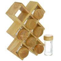 Набор для специй Oriental way 9 предметов BS4065S4065Набор для специй Oriental way изготовленный из древесины дерева гевея, прекрасно впишется в интерьер вашей кухни. В комплект входят: 8 баночек для специй и полка. Баночки для специй имеют надежно завинчивающиеся крышки и перфорированные накладки, позволяющие удобно приправлять блюда специями, не опасаясь рассыпать их. Отличительные особенности изделий из древесины дерева гевея: высокое качество шлифовки поверхности изделий, двухслойное покрытие пищевым лаком, безопасным для здоровья человека, влаги в древесине всего 8-10%, поэтому изделия из нее не трескаются и не рассыхаются, высокая плотность структуры древесины - плотнее бука, клена, березы и сосны, не впитывает влагу и запахи, тверже дуба и бука, поэтому изделия устойчивы к механическим воздействиям. Характеристики: Материал: дерево гевея, стекло. Размер полки: 27 см х 18 см х 6 см. Высота баночки для специй: 10,5 см. Диаметр баночки для специй: 4,5 см. ...
