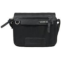 Сумка мужская Top Power, цвет: черный. 636 TP636 TP blackМужская сумка Top Power выполнена из плотного полиэстера и натуральной кожи. Сумка имеет одно основное отделение, закрывающееся на застежку-молнию. Внутри находится прорезной карман на застежке-молнии. Закрывается изделие на клапан с застежками-липучками. Под клапаном находится накладной карман на застежке-молнии, в котором содержаться два держателя для авторучек и накладной открытый карман. На внешней стороне клапана расположен карман на застежке-молнии. На задней стенке сумки расположен дополнительный прорезной карман на застежке-молнии. Одна из боковых сторон оснащена кармашком с прозрачным окошком, закрывающийся на хлястик с кнопкой. Сумка оснащена текстильным плечевым ремнем регулируемой длины. Стильная сумка - необходимый аксессуар для современного мужчины.