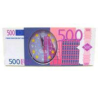 Часы настольные 500 евро92076Оригинальные настольные часы 500 евро - это не только функциональное устройство, но и изысканный элемент декора, который впишется в любой интерьер. Часовой механизм расположен в пластиковой подставке, которая выполненная в виде банкноты номиналом 500 евро. Часы имеют три стрелки - часовую, минутную и секундную. Благодаря стильному исполнению эти часы станут красивым и полезным подарком. В комплект входят две пластиковые ножки. Характеристики: Материал: пластик, стекло. Размер часов: 24,8 см х 10,3 х 1,6 см. Размер упаковки: 25 см х 11 см х 4,5 см. Производитель: Китай. Артикул: 92076. Часовой механизм на батарейке 1,5 V. Батарейка в комплект не входит.