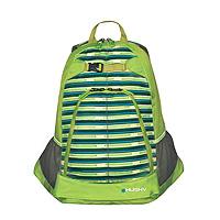 Рюкзак городской Husky Moot 21L, цвет: зеленыйУТ-000051502Практичный городской рюкзак Moot 21L предназначен для прогулок и велоспорта. Он позволит вам взять с собой все необходимое. Рюкзак выполнен из прочного нейлона. Особенности модели: Основное отделение; Анатомическая система задней стенки; Утолщенные и дышащие эргономичные плечевые лямки; Боковые карманы-сетки; Закрывающийся внутренний карман для ноутбука 17; Крепление для скейтборда; Внутренний карман-органайзер. Характеристики: Материал: полиэстер 600D с водоотталкивающим покрытием. Объем рюкзака: 21 л. Размер: 48 см х 35 см х 13 см. Вес: 650 г. Цвет: зеленый. Производитель: Китай. Изготовитель: Чехия.