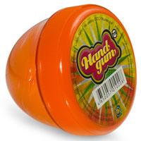 Жвачка для рук ТМ HandGum, цвет: оранжевый, с запахом апельсина, 70 г10208Жвачка для рук Hand Gum оранжевого цвета с запахом апельсина подарит вам позитив и хорошие эмоции. Она радует глаз и дарит нежные тактильные ощущения, способствуя хорошему настроению. Жвачка для рук изготовлена из упругого, пластичного и приятного на ощупь материала, ее можно растягивать, как резину, а если сильно дернуть, то можно порвать. Из нее отлично получаются скульптуры, которые живут считанные минуты, постепенно превращаясь в лужи. Прилепите ее на дверную ручку - и он капнет, скатайте шарик и ударьте об пол - он подпрыгнет. Кубик, кстати, тоже подпрыгнет, но совсем не туда, куда ожидается.