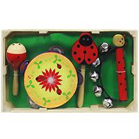 Набор музыкальных инструментов Мир деревянных игрушек, №1Д093В состав набора входят: маракас, бубен, трещотка и колокольчик. Теперь малыш сможет вдоволь постучать в бубен и погреметь маракасами и трещоткой! Бубен при встряхивании издает приятный звон. Маракас представляет собой музыкальный инструмент, напоминающий большую детскую погремушку, знакомую ребенку с младенческого возраста. Внутри у него пересыпаются шарики и при встряхивании раздается приятный шуршащий звук. С помощью такого набора музыкальных инструментов можно создать маленький домашний оркестр. После концерта все инструменты складываются внутрь деревянного ящичка. Игра на таких музыкальных инструментах помогает развитию у ребенка чувства ритма, музыкальной памяти, мелодического слуха, творческого и логического мышления.