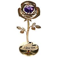 Фигурка декоративная Роза. 6749267492Декоративная фигурка выполнена в виде розы, оформленной кристаллом Сваровски. Фигурка будет вас радовать и достойно украсит интерьер вашего дома или офиса. Вы можете поставить украшение в любом месте, где оно будет удачно смотреться и радовать глаз. Кроме того, эта фигурка - отличный вариант подарка для ваших близких и друзей. Характеристики: Материал: углеродная сталь, австрийские кристаллы. Размер фигурки: 8 см х 3,5 см х 3 см. Размер упаковки: 10 см х 7,5 см х 5 см. Производитель: Китай. Артикул: 67197. Более чем 30 лет назад компания Crystocraft выросла из ведущего производителя в перспективную торговую марку, которая задает тенденцию благодаря безупречному чувству красоты и стиля. Компания создает изящные, качественные, яркие сувениры, декорированные кристаллами Swarovski различных размеров и оттенков, сочетающие в себе превосходное мастерство обработки металлов и самое высокое качество кристаллов.