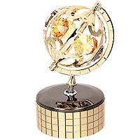 Фигурка декоративная Глобус, на музыкальной подставке. 6741867418Декоративная фигурка выполнена в виде глобуса, оформленного кристаллами Сваровски. Фигурка будет вас радовать и достойно украсит интерьер вашего дома или офиса. Вы можете поставить украшение в любом месте, где оно будет удачно смотреться и радовать глаз. Кроме того, эта фигурка - отличный вариант подарка для ваших близких и друзей. Музыкальный механизм с ручным заводом. Характеристики: Материал: углеродная сталь, австрийские кристаллы. Размер фигурки: 9 см х 5 см х 5 см. Размер упаковки: 10 см х 7,5 см х 5 см. Производитель: Китай. Артикул: 67418. Более чем 30 лет назад компания Crystocraft выросла из ведущего производителя в перспективную торговую марку, которая задает тенденцию благодаря безупречному чувству красоты и стиля. Компания создает изящные, качественные, яркие сувениры, декорированные кристаллами Swarovski различных размеров и оттенков, сочетающие в себе превосходное мастерство обработки металлов и...