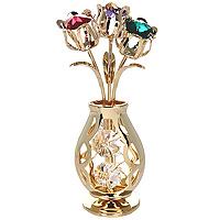 Фигурка декоративная Ваза с букетом. 6744067440Декоративная фигурка выполнена в виде вазы с букетом цветов, оформленной разноцветным кристаллами Swarovski. Фигурка будет вас радовать и достойно украсит интерьер вашего дома или офиса. Вы можете поставить украшение в любом месте, где оно будет удачно смотреться и радовать глаз. Кроме того, эта фигурка - отличный вариант подарка для ваших близких и друзей. Характеристики: Материал: углеродная сталь, австрийские кристаллы. Размер фигурки: 10 см х 3,5 см х 3 см. Размер упаковки: 13,5 см х 8,5 см х 8,5 см. Производитель: Китай. Артикул: 67440. Более чем 30 лет назад компания Crystocraft выросла из ведущего производителя в перспективную торговую марку, которая задает тенденцию благодаря безупречному чувству красоты и стиля. Компания создает изящные, качественные, яркие сувениры, декорированные кристаллами Swarovski различных размеров и оттенков, сочетающие в себе превосходное мастерство обработки металлов и самое высокое качество...