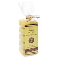 Растительное мыло Фиговое молочко, 5х30 гSA530LFНатуральное мыло на 40% состоит из оливкового масла, а также содержит комплекс ингредиентов, которые защищают кожу. Благодаря особой формуле в мыле сохраняется большое количество оливкового масла первого отжима при минимальном количестве консервантов.
