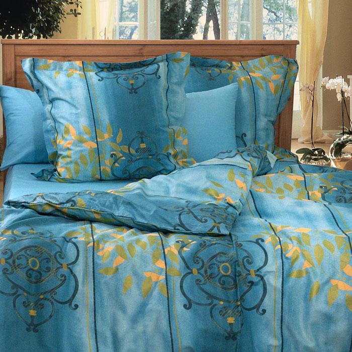 Комплект белья Сигнатура (1,5 спальный КПБ, сатин, наволочки 70х70)Т-0747-01_1,5-спальныйКомплект постельного белья Сигнатура, изготовленный из сатина, поможет вам расслабиться и подарит спокойный сон. Постельное белье имеет изысканный внешний вид и обладает яркостью и сочностью цвета. Комплект состоит из пододеяльника, простыни и двух наволочек. Все предметы комплекта цельнокроеные. Благодаря такому комплекту постельного белья вы сможете создать атмосферу уюта и комфорта в вашей спальне. Сатин производится из высших сортов хлопка, а своим блеском, легкостью и на ощупь напоминает шелк. Такая ткань рассчитана на 200 стирок и более. Постельное белье из сатина превращает жаркие летние ночи в прохладные и освежающие, а холодные зимние - в теплые и согревающие. Благодаря натуральному хлопку, комплект постельного белья из сатина приобретает способность пропускать воздух, давая возможность телу дышать. Одно из преимуществ материала в том, что он практически не мнется и ваша спальня всегда будет аккуратной и нарядной. Страна: Россия. Материал: сатин...