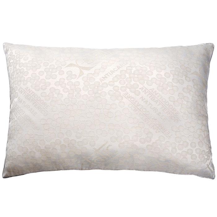 Подушка Silver Antistress, 50 х 72 см111076110-АGПодушка Silver Antistress c наполнителем Экофайбер в чехле из льняной ткани с серебром (2,5% чистого серебра) не оставит равнодушным тех, кто ценит комфорт и уют. Благодаря серебру, входящему в состав ткани, подушка Silver Antistress способствует снятию стресса, лечению бессонницы, дарит комфортный сон. Экологически чистый наполнитель Экофайбер не вызывает аллергии и не теряет объем. Подушка Silver Antistress проста в уходе: она легко стирается, быстро высыхает. Подушка прослужит долго, а ее изысканный внешний вид будет дарить вам уют. Характеристики: Материал чехла: 40% лен, 57,5% полиэстер, 2,5% серебро. Наполнитель: экофайбер. Размер подушки: 50 см х 72 см. Производитель: Россия. Артикул: 111076110-АG. ТМ Primavelle - качественный домашний текстиль для дома европейского уровня, завоевавший любовь и признательность покупателей. ТМ Primavelle рада предложить вам широкий...
