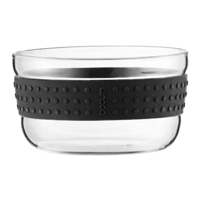 Набор салатников Bodum Pavina 2 шт, 12,5см, цвет: черный 11336-0111336-01Набор оригинальных салатников Pavina прекрасно подойдет для вашей кухни. Салатники выполнены из прочного боросиликатного стекла, которое, в отличие от обычного, остается очень прочным даже при минимальной толщине. Силиконовый ободок предостережет от выскальзывания салатника из рук.